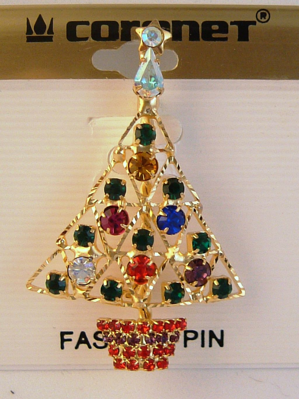 Gold christmas tree pin star red green blue purple for Red and yellow christmas tree